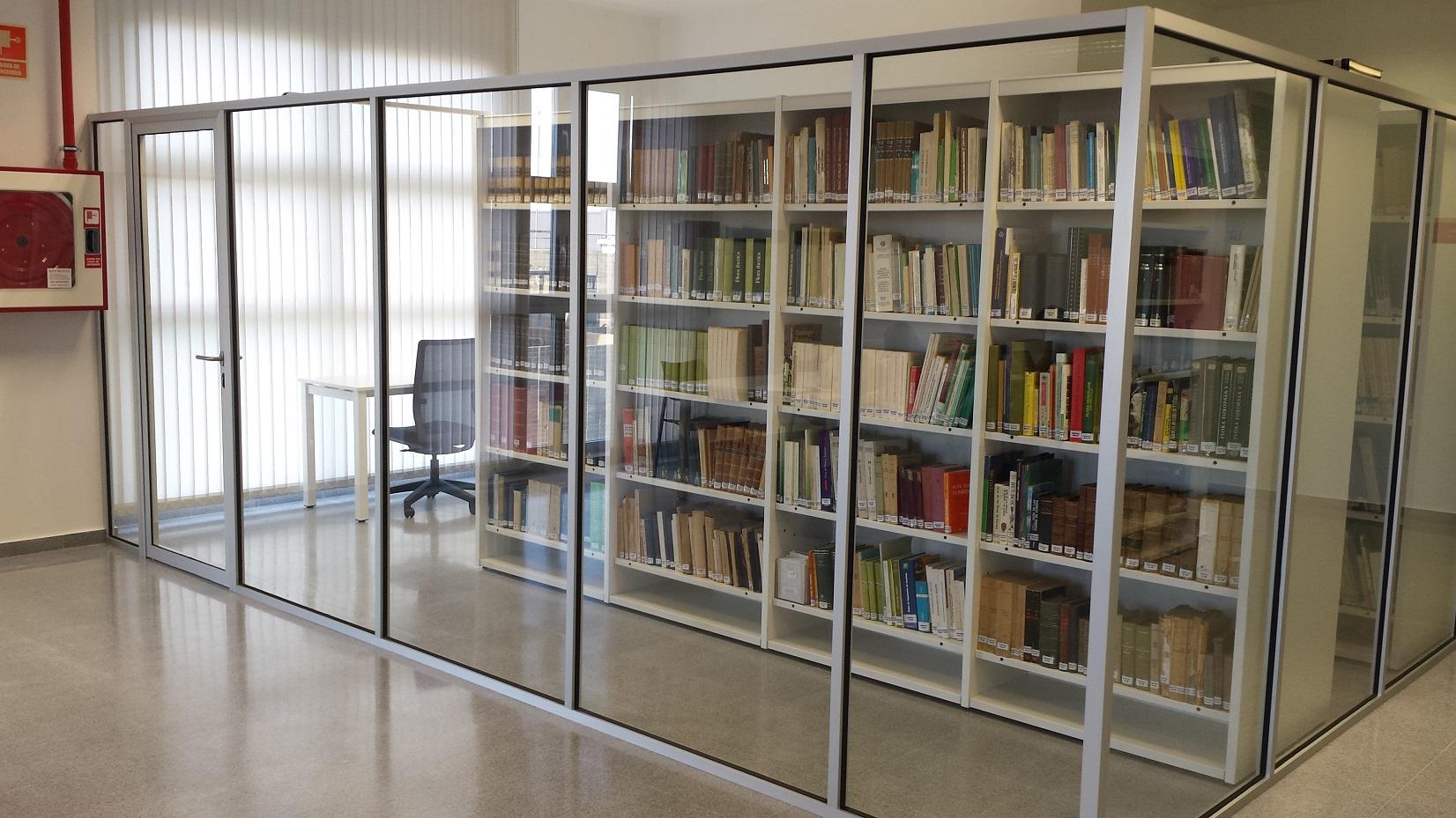 Proyectos de oficina en Sevilla: Diseño espacio interior de bibliotecas y universidades
