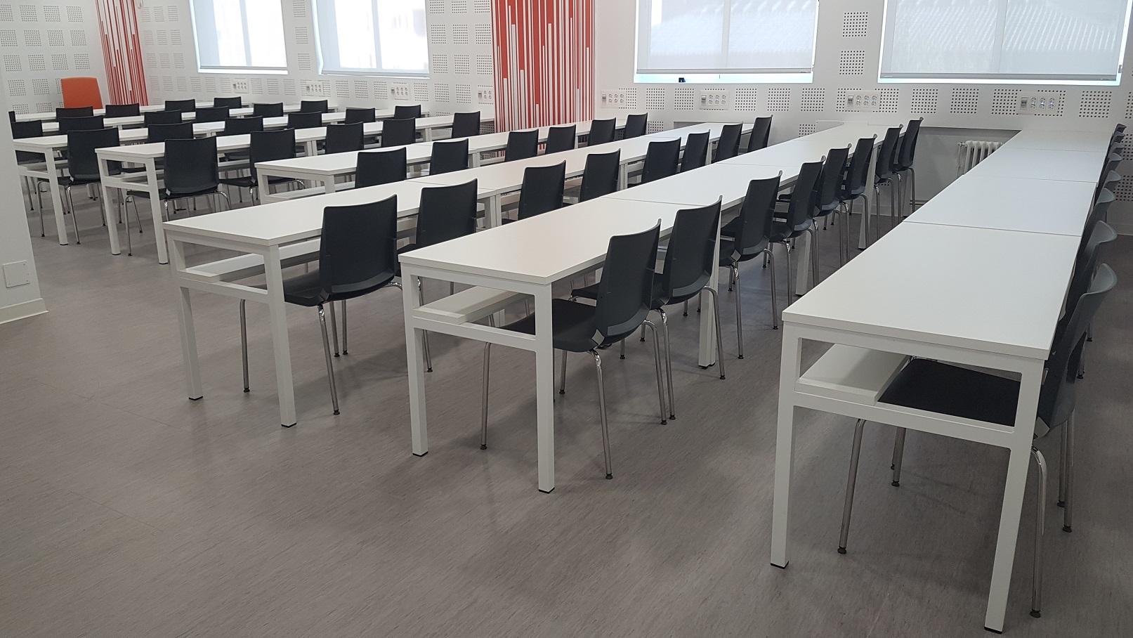Proyectos de oficina en Sevilla: Diseño de salas de reuniones y trabajo