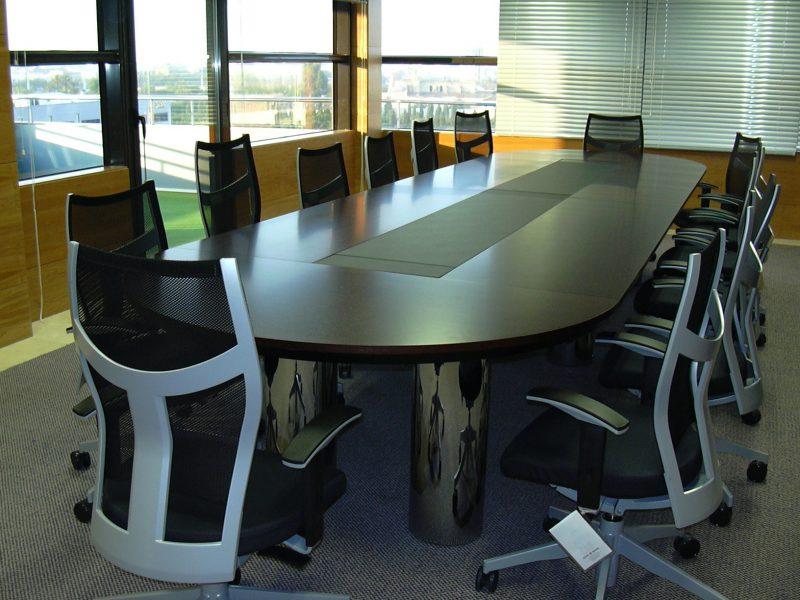 Proyectos de oficina en Sevilla: -Diseño y decoración de salas de reuniones