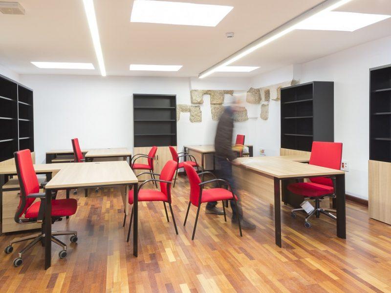 Proyectos de oficina en Sevilla: Decoración interior de espacios públicos