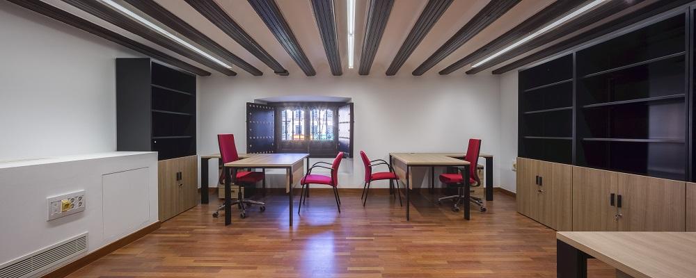 Proyectos de oficina en Sevilla: Mobiliario para decoración de interiores