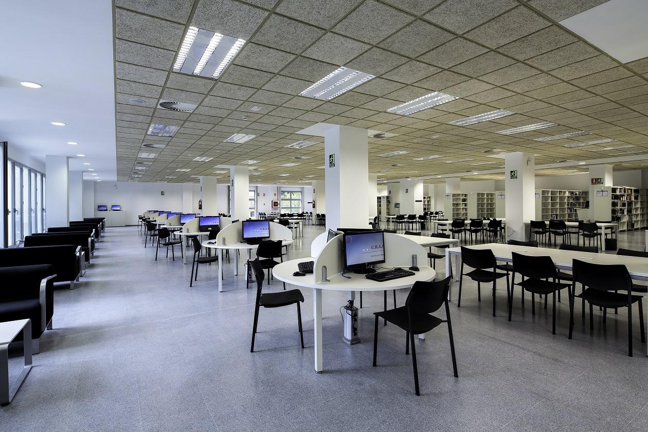 Proyectos de oficina en Sevilla: Acondicionamiento y diseño de bibliotecas