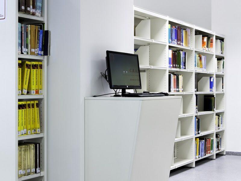 Proyectos de oficina en Sevilla: Equipamiento de bibliotecas y espacios de trabajo